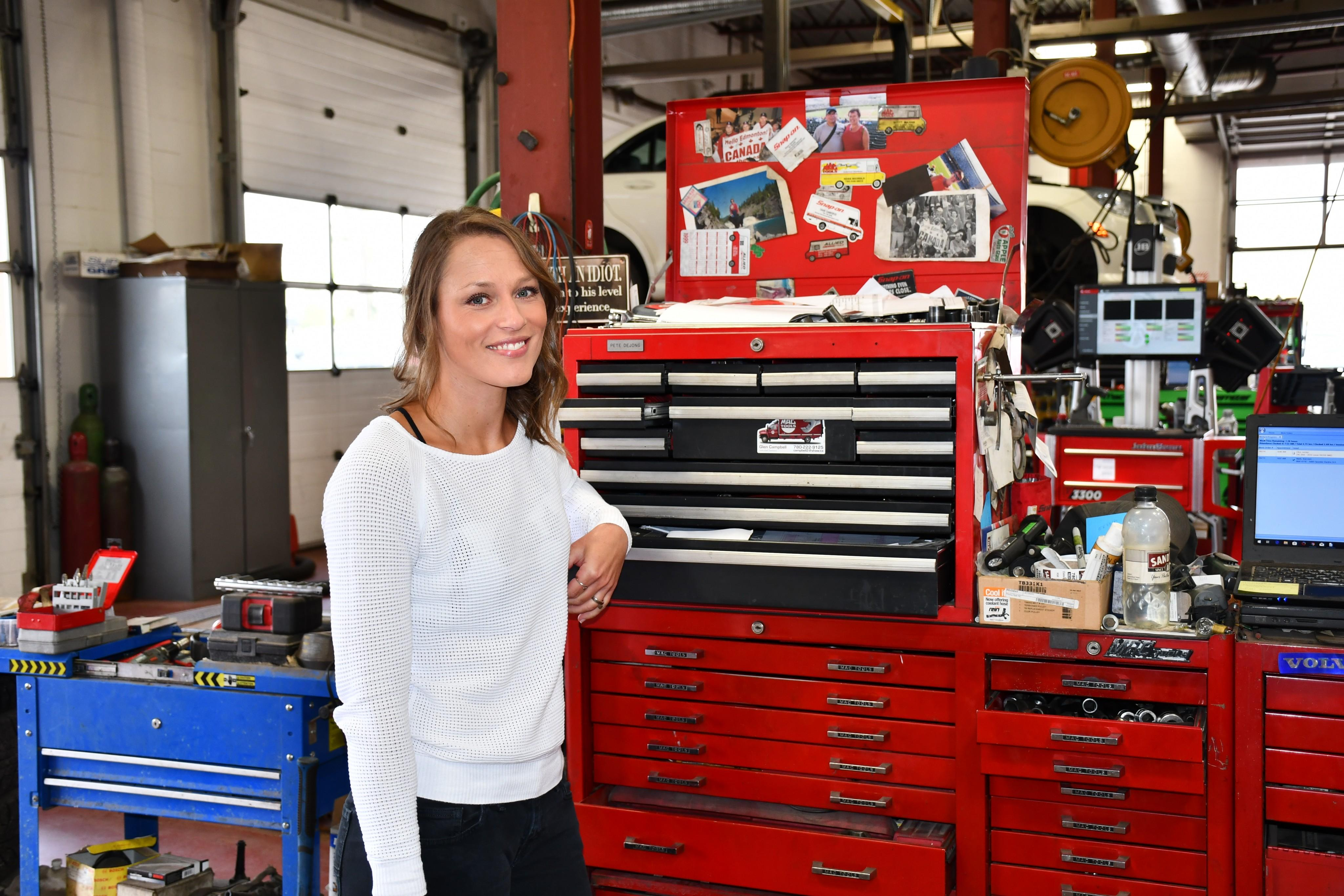 Hockey, baseball and string art keep Jen Jensen on the move